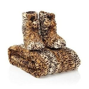 Other - A by Adrienne Landau Faux Fur Throw and Booties